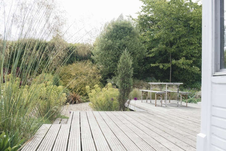this week&#8\2\17;s before & after: a softly sculptural gravel garden i 9