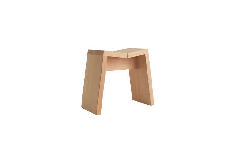 from kiso lifestyle labo, thehinoki bath stool is designed with an angled sea 13