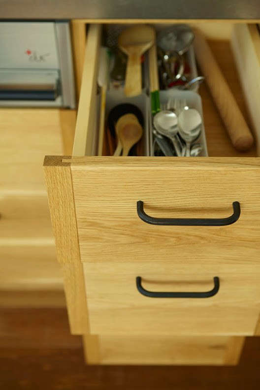 Kitchen of the Week A Finely Tuned Kitchen in Kobe by a Thoughtful Japanese Workshop Detail of Joinery Kitchen by KitoBito, Photo by Yoko Inoue