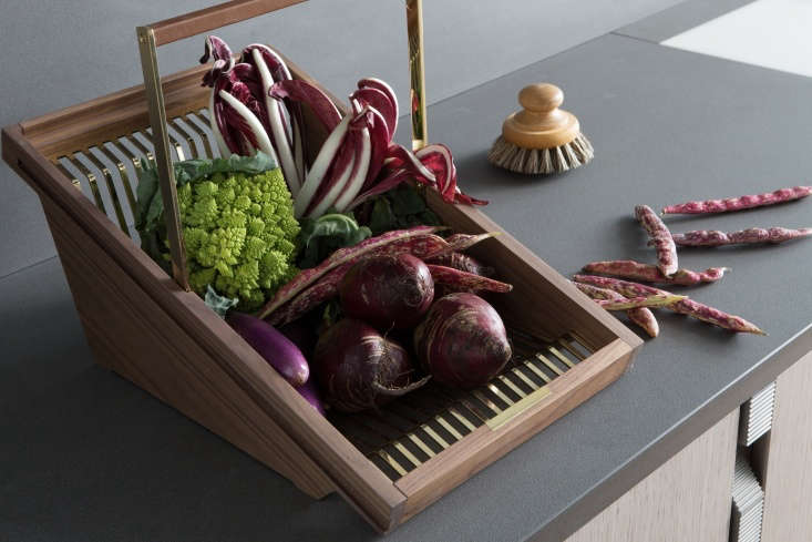 a refined version of the classic garden trug, lanserring&#8\2\17;s wood and 19