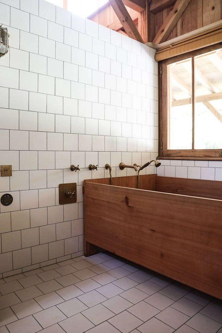 louisa rowland cap ferret bath