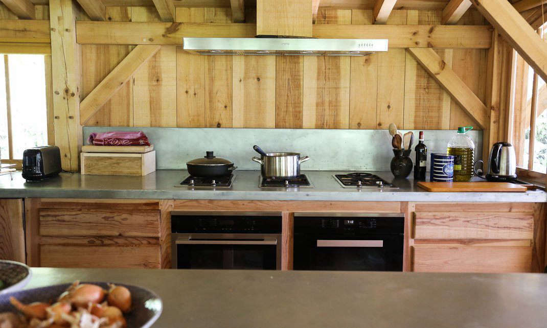 As in all Bartherotte cabins, just about everything is made of the area&#8