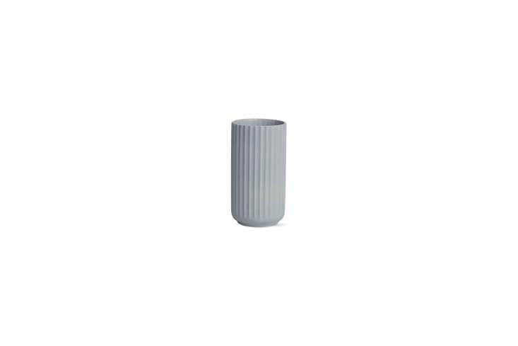 the white lyngby porcelain vasegrey lyngby porcelain vaseserves as toothbrush 22