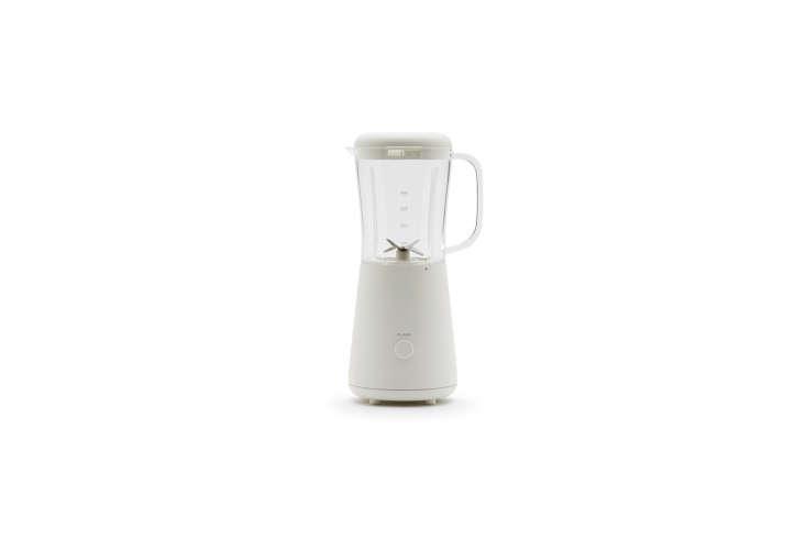 the muji blender mixer, designed by naoto fukasawa, is one of the muji products 12