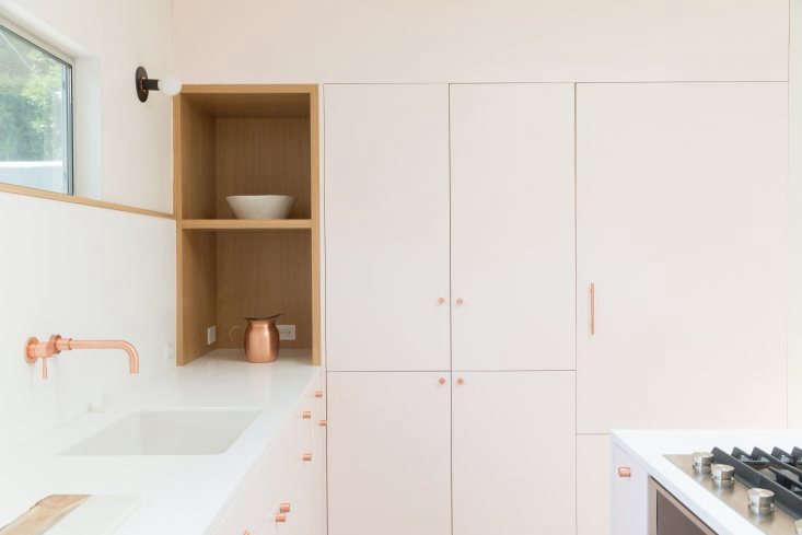 silverlake pink kitchen annie ritz daniel rabin studio ritzrabin 5   733x489