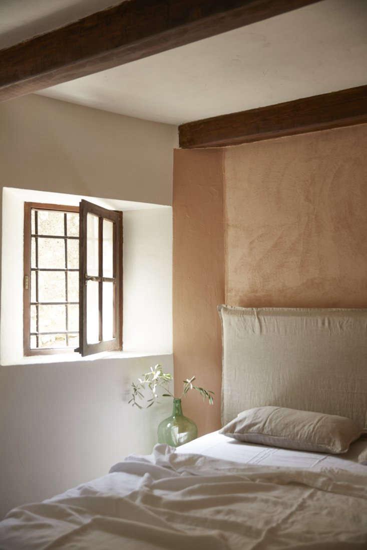 st paul de vence miette pink bedroom