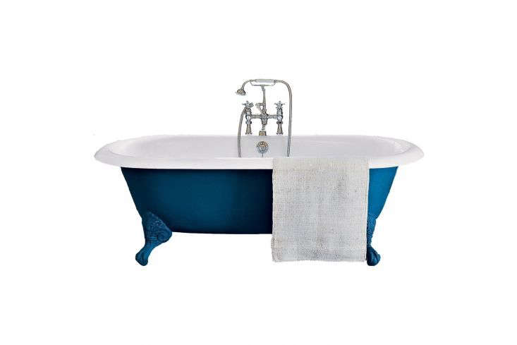 A similar cast iron freestanding tub to the one in the hotel suite is the Drummonds the Spey Cast Iron Bath Tub with Ball & Claw Feet; prices start at £3,9.