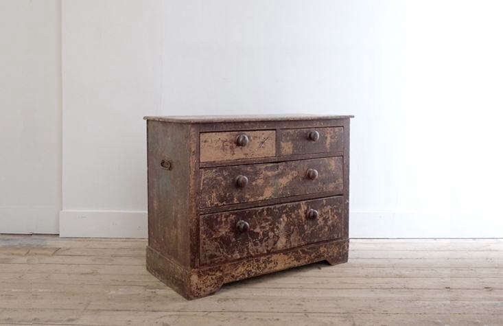 the quintessential &#8\2\20;brown furniture&#8\2\2\1;: a victorian ches 16