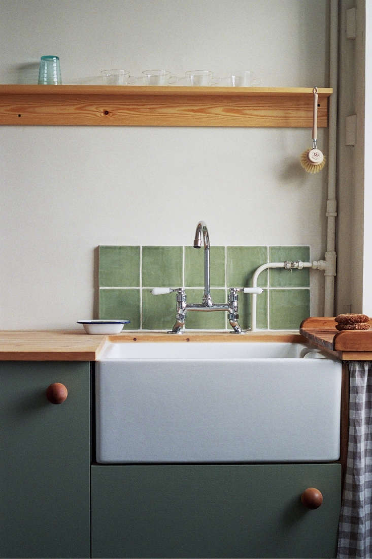 Custom-colored cabinets in a Hackney apartment renovation by Abel Sloane and Ruby Woodhouse of design firm 34.