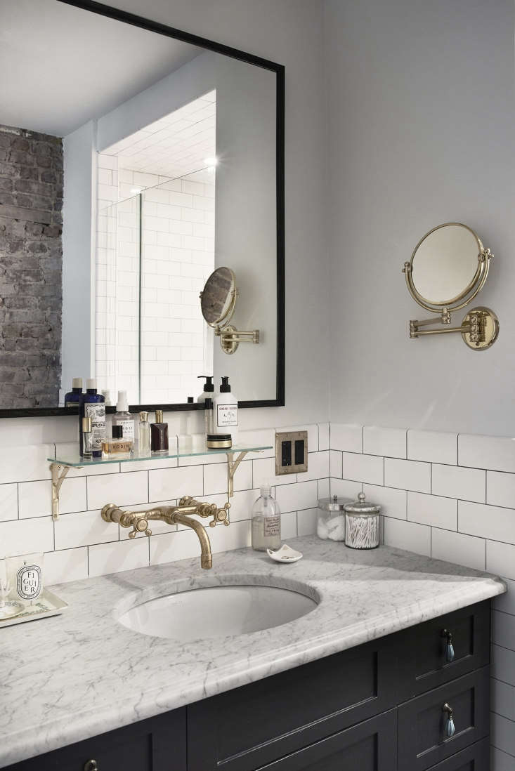 the master bath&#8\2\17;s custom vanity (painted benjamin moore black iron) 21