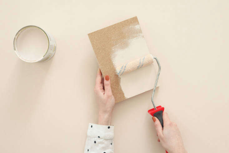 DIY A Summery Side Table by Two Young Paris Architects The MDF transom gets two or three coats of paint. Hélène and Julien say, &#8\2\20;Don&#8\2\17;t forget to paint both sides as well as the edges.&#8\2\2\1;