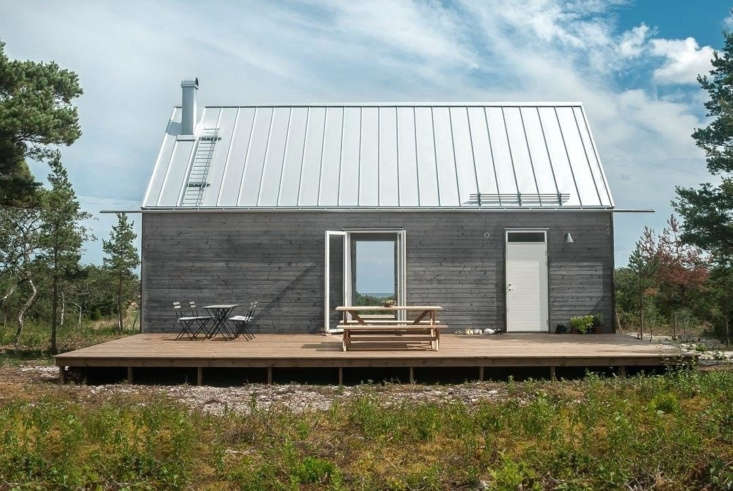 The solid wood construction is self-supporting; Leva offers a range of roofing options.