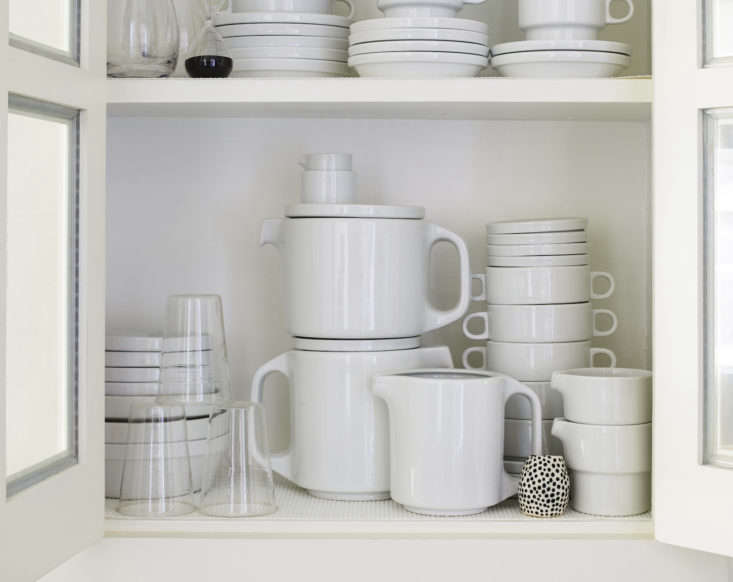 axe is an avid collector of stackable tc\100 tableware byhansroericht and h 17