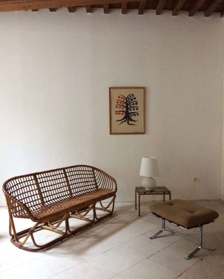 The perfect summer seating, a 60s Rattan Canape.