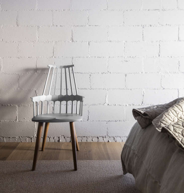 west elm&#8\2\17;s midcentury circlet ogee quilt was selected because it &a 19
