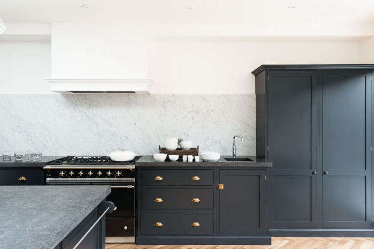 Remodeling 101 A Guide to the Only 6 Kitchen Cabinet Styles You Need to Know Shaker cabinets in a darker hue in deVol&#8\2\17;s Victoria Road kitchen.Photograph courtesy of deVol.