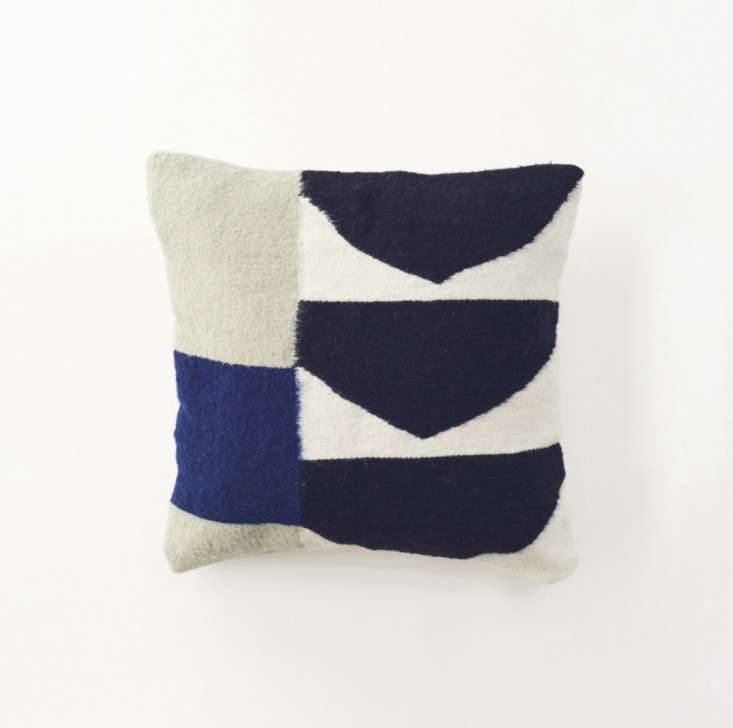 This Blue Wool Geometric Pillow is made of 0 percent wool, dyed using natural ingredients. It&#8