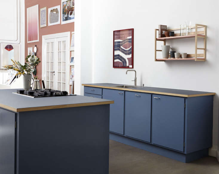 """Working with Stilleben Kitchen, clients can customize countertops, appliances, color palette, and more. The cooktop in the island is a Miele; """"we like the understated design and warranty from Miele, but clients can choose their appliances."""" The kettle is the Kalita Wave Kettle."""
