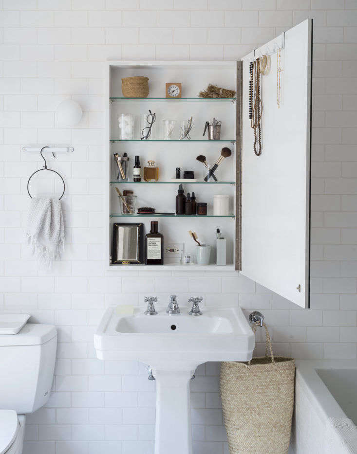 Trending on The Organized Home Stylish Small Spaces Medicine cabinet as vanity: for ideas, seeSteal This Look: The Medicine Cabinet as Vanity. Photograph by Matthew Williams forRemodelista: The Organized Home.