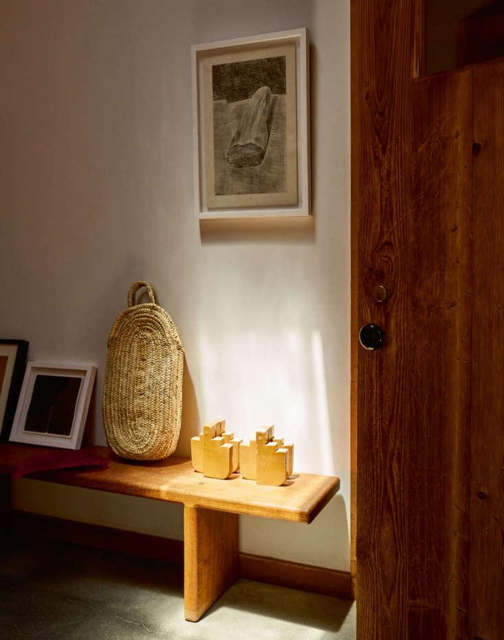 alma allen leslie williamson interior portraits hallway