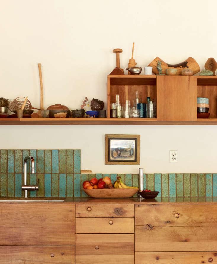 alma allen leslie williamson interior portraits kitchen