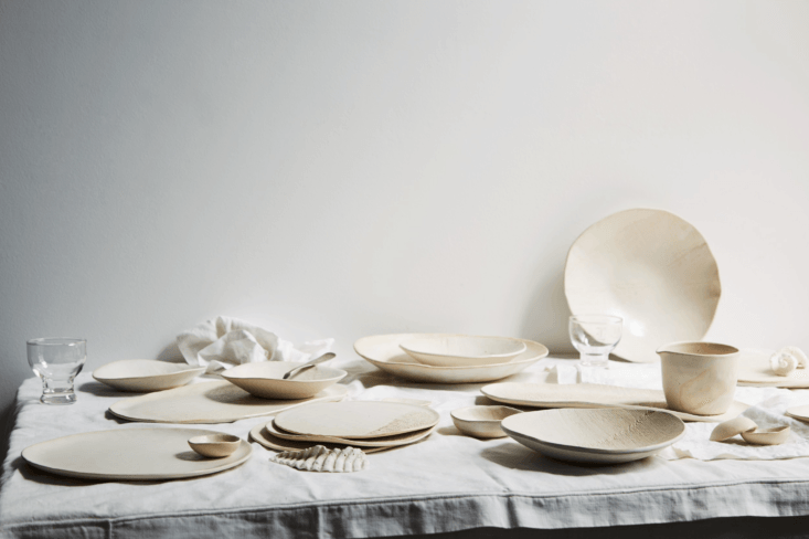 Current Obsessions The Chef and the Ceramicist As part of our Commercial Kitchen week, we&#8\2\17;ve been tracking the All in One Chef: chefs who are also designers (seeMatt Dillon in Seattle); ceramicists (like the talented chef/stylist/potter Marité Acosta, whose work is shown above; and Fernando Aciarin New York, who makes his own bowls and plates for his downtown restaurant, O&#8\2\17;Cafe); florists (as evidenced by the pastry chef at Måurice in Portland, who strings seasonal dried flower garlands with a local floral designers); and even a chef whocrafts his own soapfor the restaurant bath. Photograph via Marité Acosta.