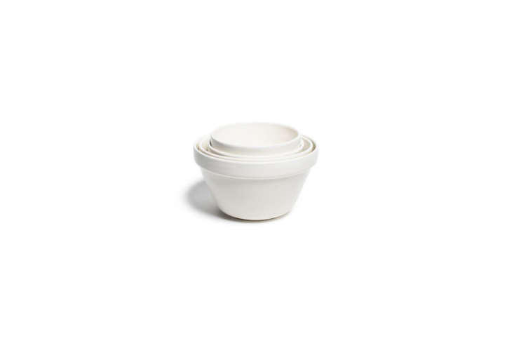 Mason Cash White Glazed Mixing Bowls start at $.99 for the 0.-quart size on Amazon.