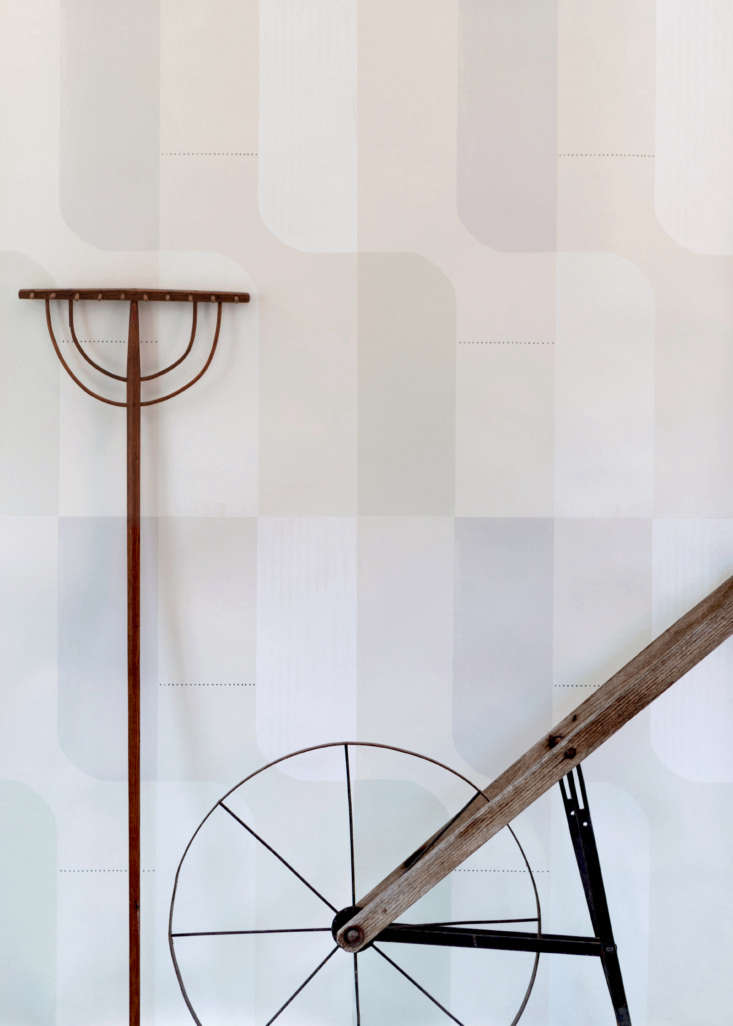 lastly, rosen&#8\2\17;sgarden wallpaper (\$85 a yard), an homage to shake 12