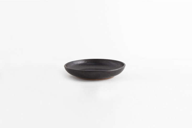 berkeley ceramic artist sarah kersten makes the nine inch pasta/salad bowl, sho 11