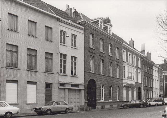 The house in the 60s. &#8