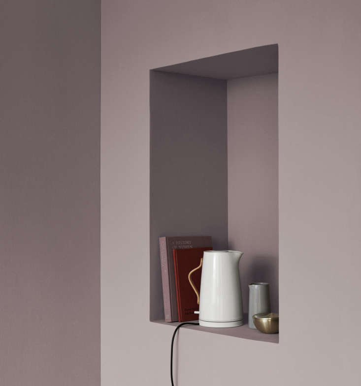 a white emma electric kettle, with a steel body and beech handle, just like the 9