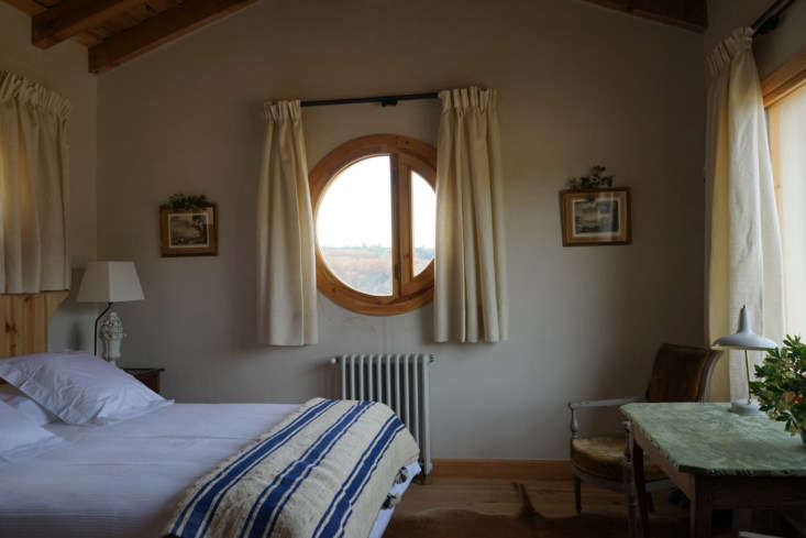the bedrooms all have raftered ceilings. the house&#8\2\17;s wood framed ro 19
