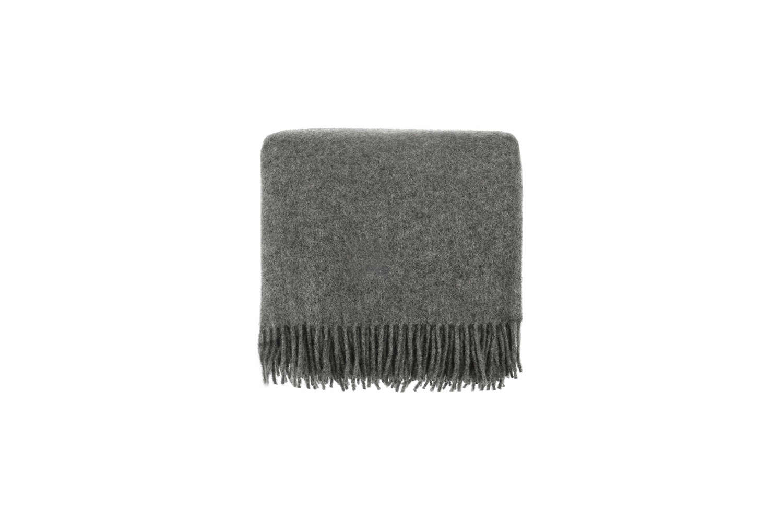 The throw blanket is theMiramar Wool Blanket in dark gray lamb&#8