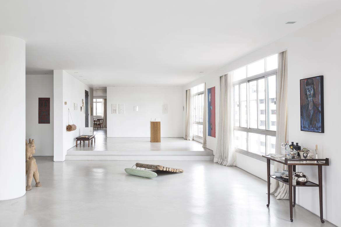 """A monolithic floor runs throughout the apartment, reinforcing the continuity of the spaces. Loose blocks of granite help to overcome the existing gaps,"" Hess explains."