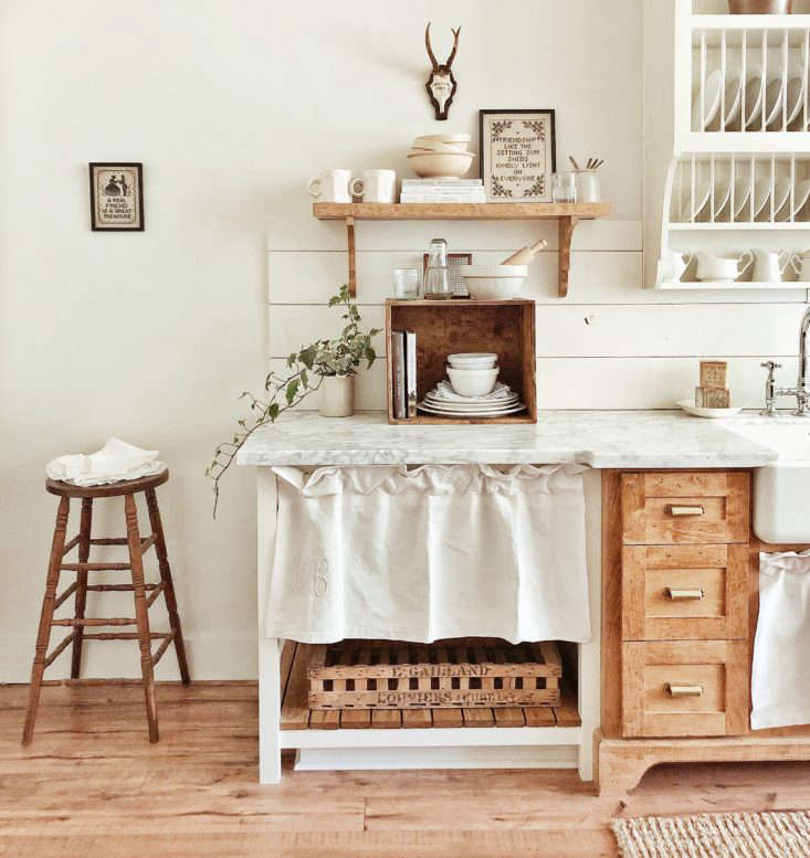 Whitetail Farmhouse Sink Skirt