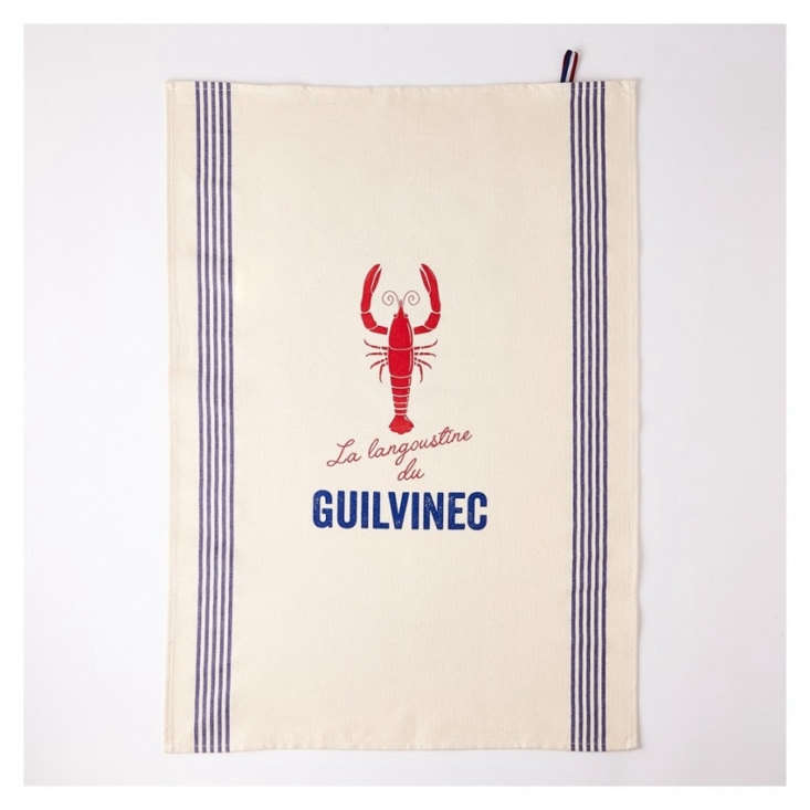 Inspired by the fresh lobster caught at the port of Guilvinec in France, the cottonGuilvinec Tea Towel is designed by Tissage de l&#8