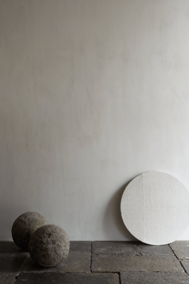 &#8\2\20;plaster lends gravitas to a wall, along with texture—from subtle 15