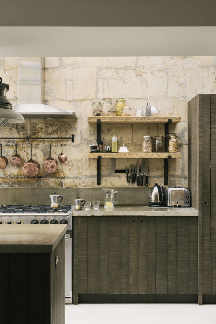 the stainless steel stove is a made in the uk falcon \1000 deluxe. in lieu of c 13