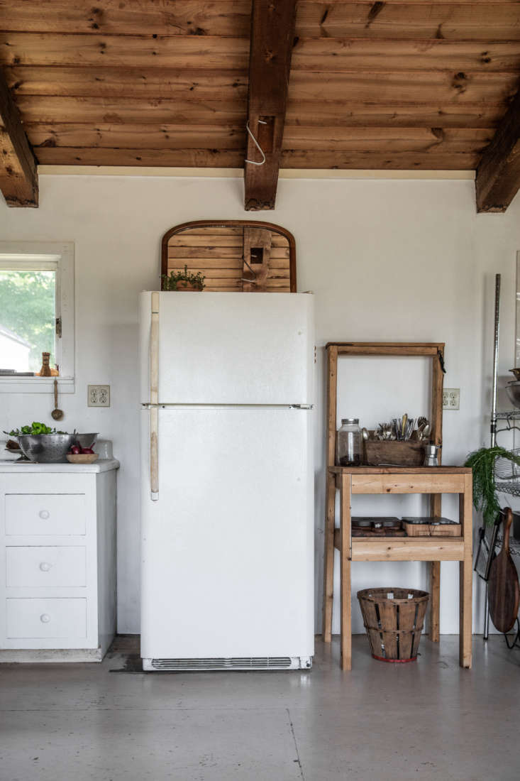 The resourceful homeowners at High Ridge Farm sourced most of the fittings from ReStore, eBay, and Goodwill, including a new slew of appliances from Craigslist. Read more inThe House that Craigslist Built.