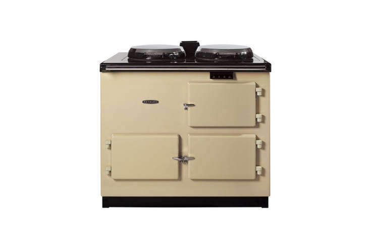 rayburn cookers are made in the uk of 70 percent recycled material and come in  14
