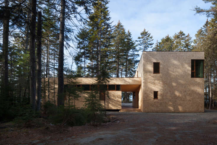 &#8\2\20;the property is in a remote forest on the end of a peninsula with  9