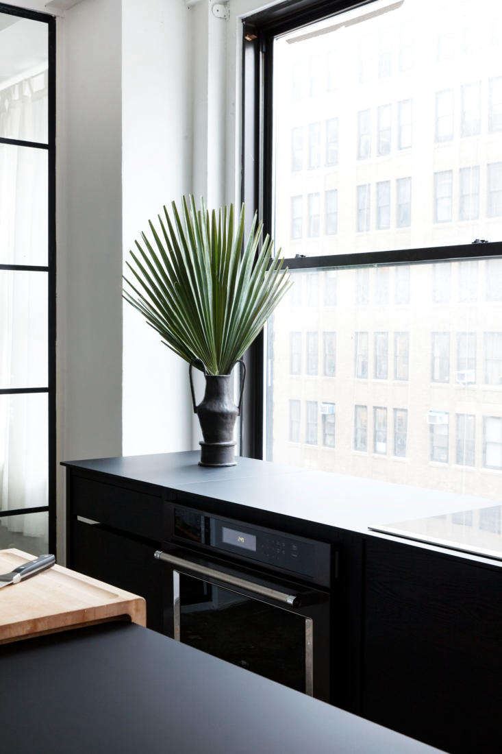 the black vases are &#8\2\20;wet vessels&#8\2\2\1; by brooklyn based ce 12