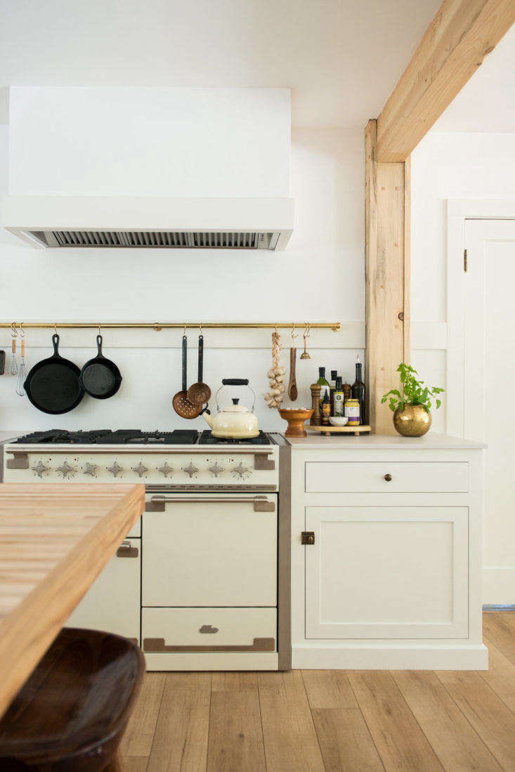 a modern farmhouse kitchen in northern california where clever storage solution 9