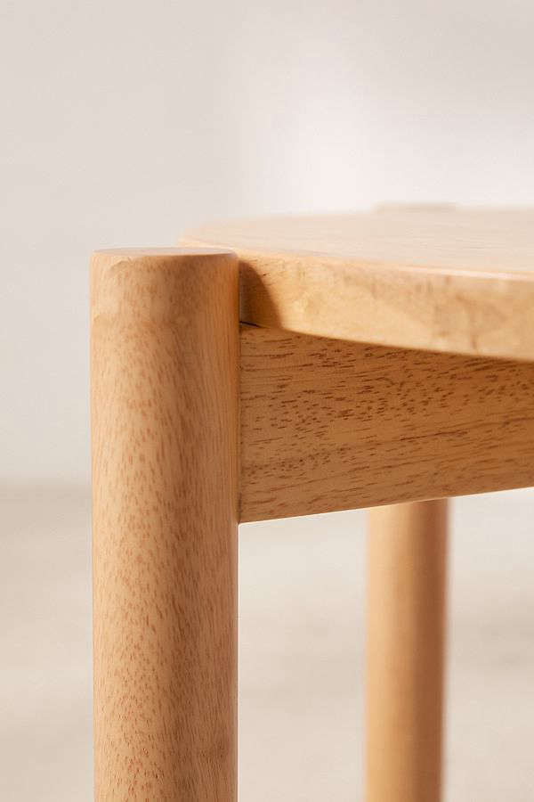 urban outfitters otto wood stacking stool1