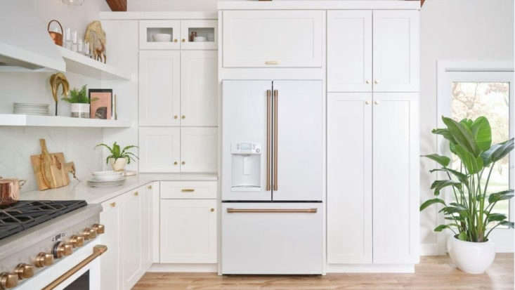 Appliance Report GEs New Customizable Caf Range portrait 3_21