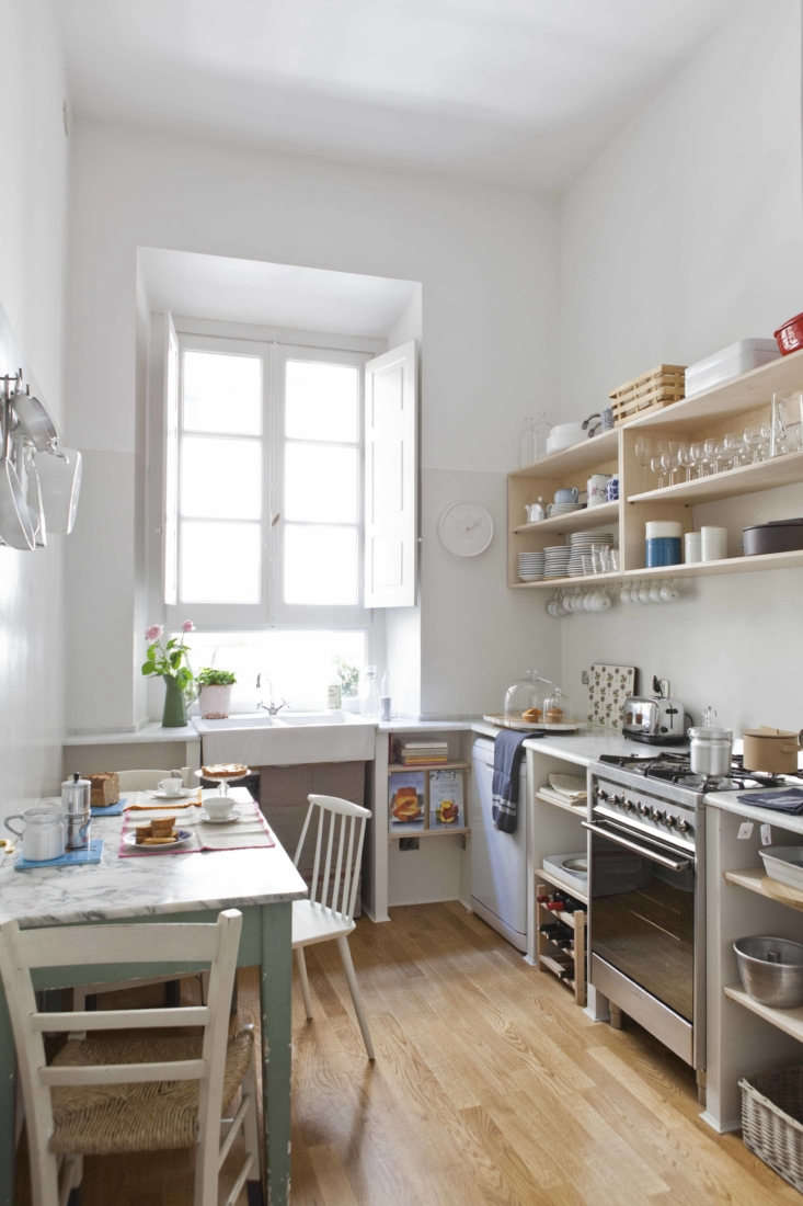Studio Strato created the bright and casual kitchen from scratch.