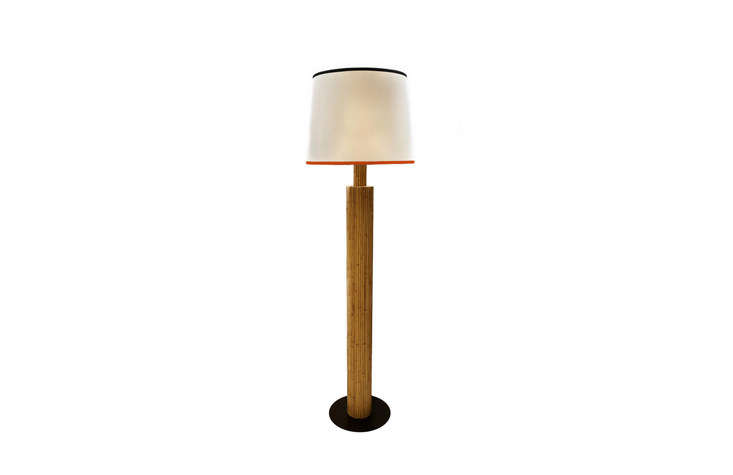 theriviera floor lamphas a &#8\2\20;vintage spirit&#8\2\2\1; with a 12