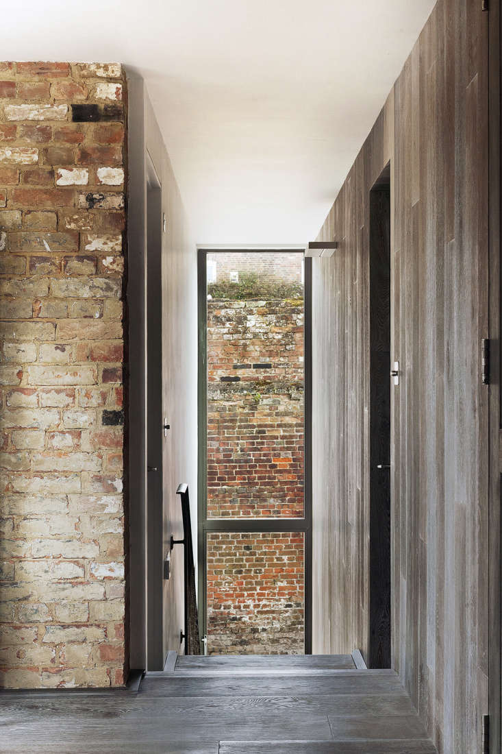 &#8\2\20;any interesting brickwork has also been exposed as a feature,& 18