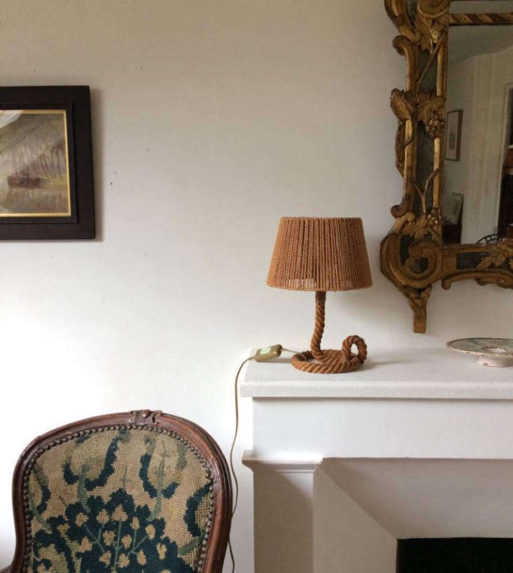 Last April, Margot discovered Atelier Vime in Provence, a collection of contemporary and vintage designs made of rattan and other natural materials (see Rattan Revival: Wicker from Atelier Vime); one of their quirky lamps is shown above. So we took note when we started spotting similar lamps in stylish interiors, including Athena Calderone&#8