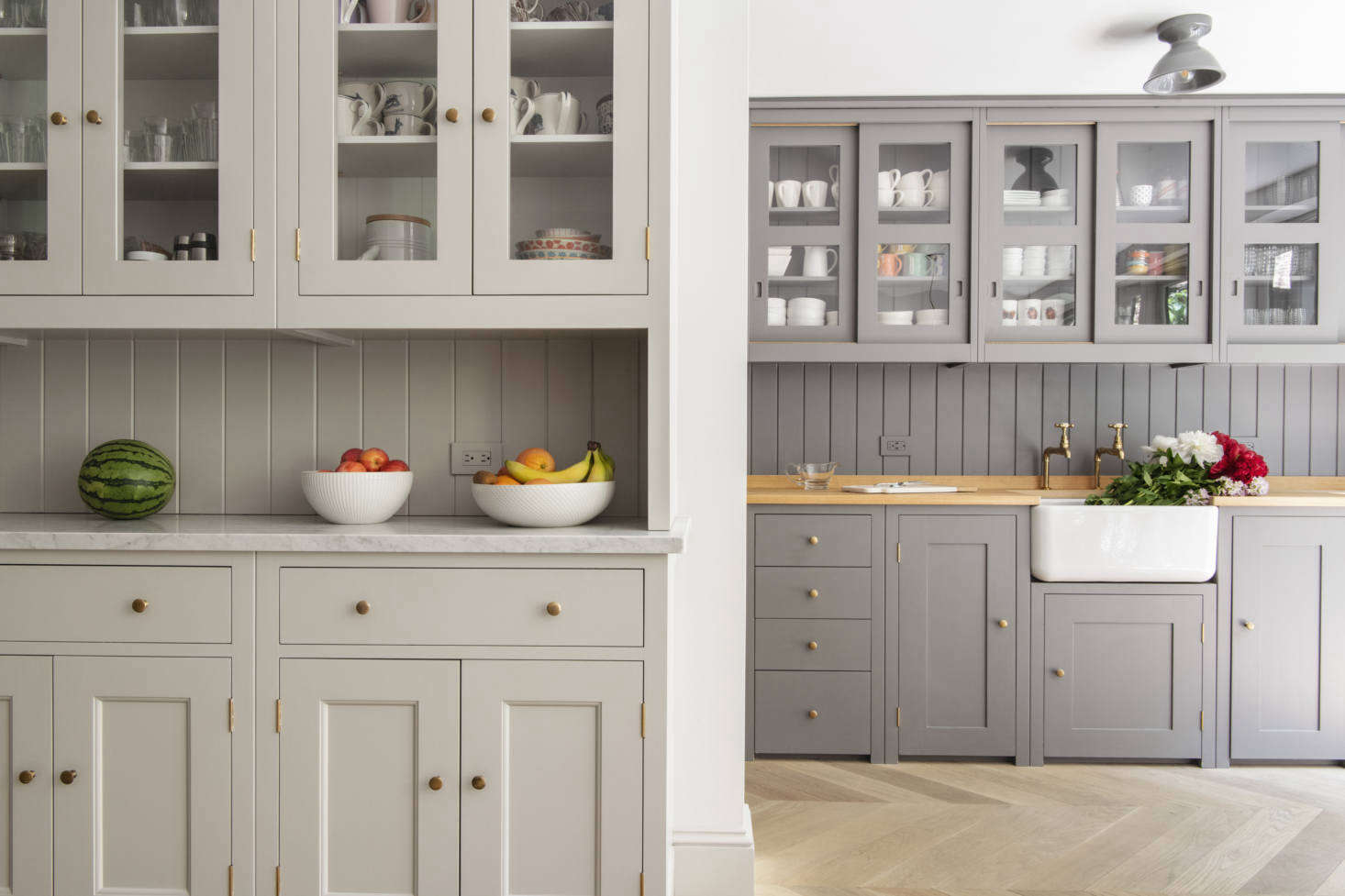 Plain English is known for its elegant renditions of classic British cabinetry, all made by hand at the company&#8